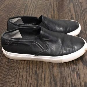 Tory Burch Shoes - Preowned Tory Burch Blk Leather Slip-on Size 7.5/8